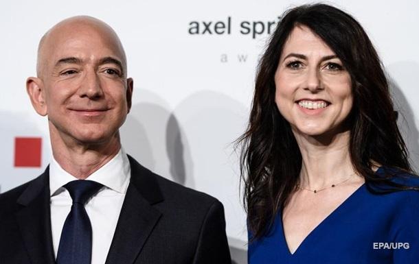 Акції компанії Amazon забезпечили колишній дружині Джеффа Безоса статки в 68 мільярдів доларів.