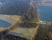 Масштабну сонячну електростанцію на Закарпатті показали з висоти польоту (ФОТО)