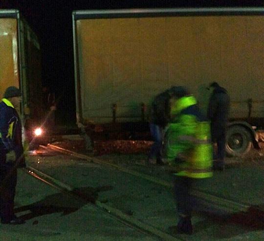 УЗакарпатській обл. перекинулася вантажівка згорілкою