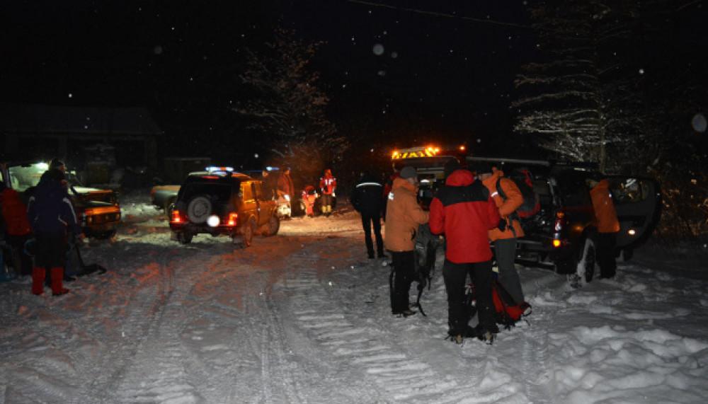 У Закарпатській області поблизу села Березники Свалявського району на схилі гори Гемба продовжують шукати туриста, який заблукав 13 лютого.