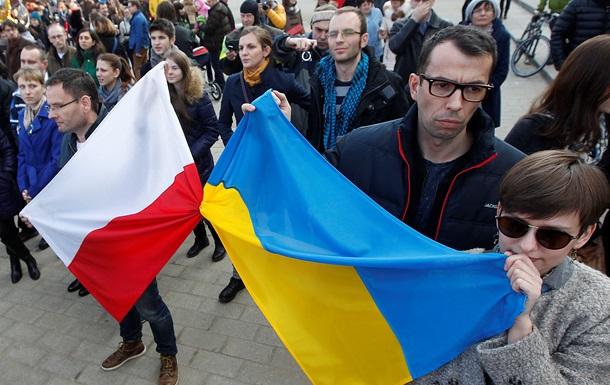 У Польщі рекордно зросла кількість українців, що платять страхові внески