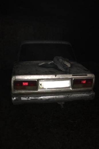 На Виноградівщині у чоловіка відібрали автомобіль