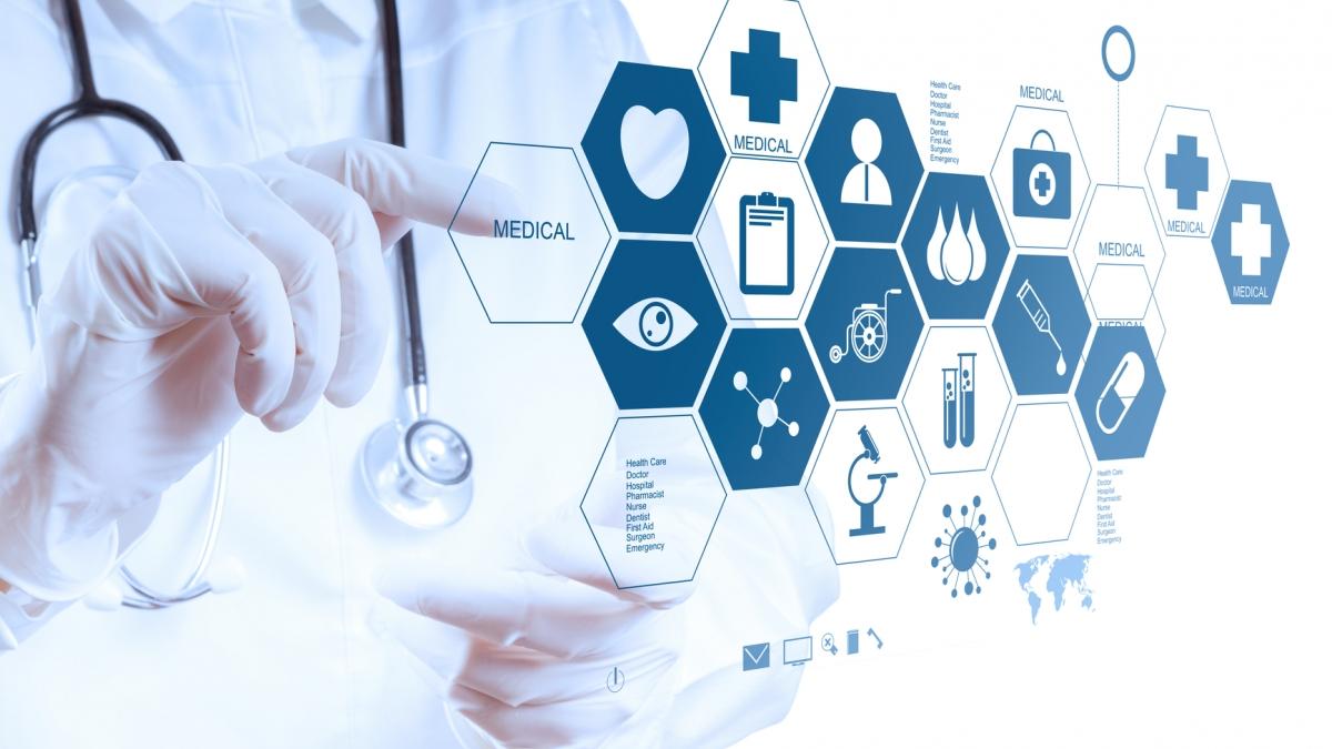 Степанов обіцяє лікарням минулорічне фінансування, а медикам - збільшення зарплат до 50%.