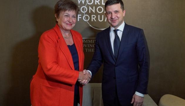 12 лютого в Україні офіційно припинила роботу віртуальна місія Міжнародного валютного фонду. Результат один: відсутність результату.
