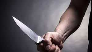 Постраждалу від ножового поранення жінку доправили до лікарні