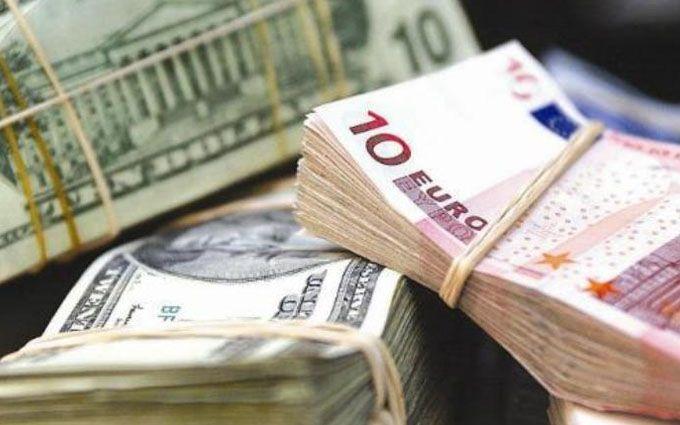 Долар та євро далі дорожчають— курс валют на20 грудня