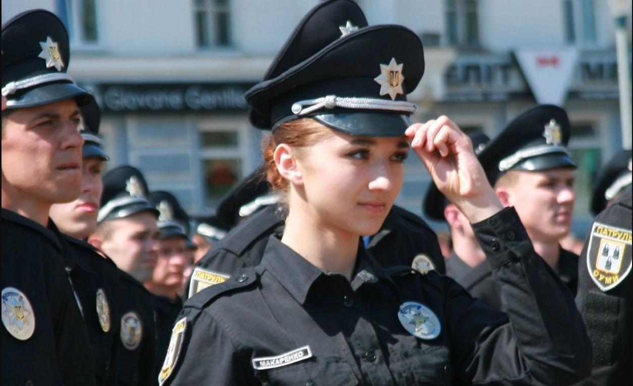 В Україні за п'ять місяців звільнились з патрульної служби понад 400 поліцейських