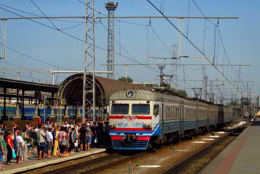 Про відновлення курсування приміських рейсів Львівської залізниці повідомили в пресслужбі Укрзалізниці.