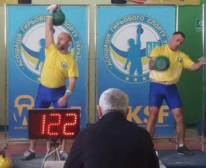 Відкритий чемпіонат Асоціації гирьового спорту України проходив 22-24 березня в м. Дубно.