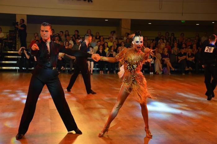 Вероніка Мишко в дуеті з Ерлом Вільямсоном зі Сполучених Штатів Америки зійшли на п'єдестал під прапором України.