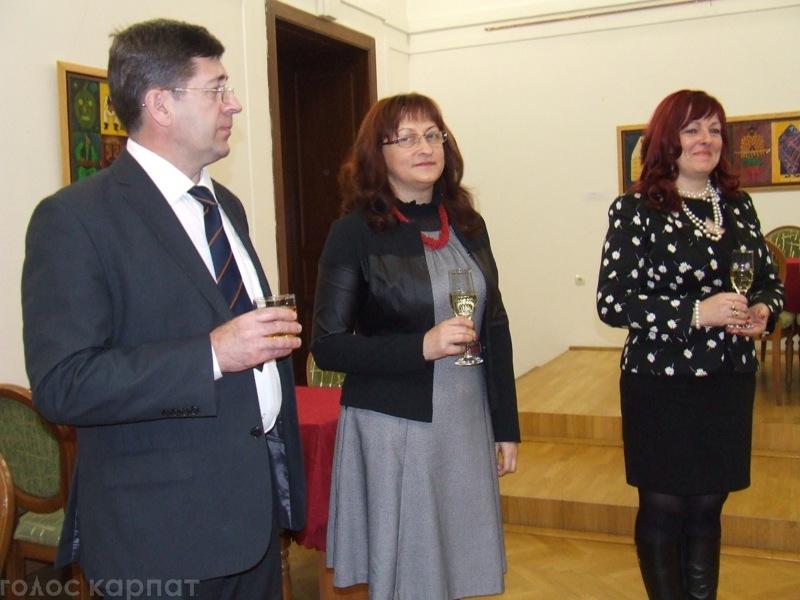 У Берегові вручили заохочувальні премії 220 талановитим дітям / ФОТО