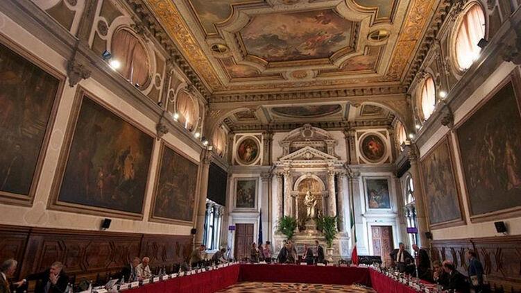 Венеціанська комісія винесла свій вердикт по конституційної кризи.