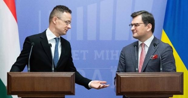 Про це міністр закордонних справ і зовнішньої торгівлі Угорщини написав на своїй сторінці у Фейсбуці.