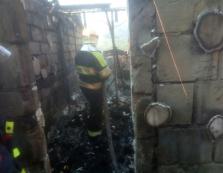 """Рятувальники боролися з пожежею в туристичному """"оазисі"""" на Великоберезнянщині"""
