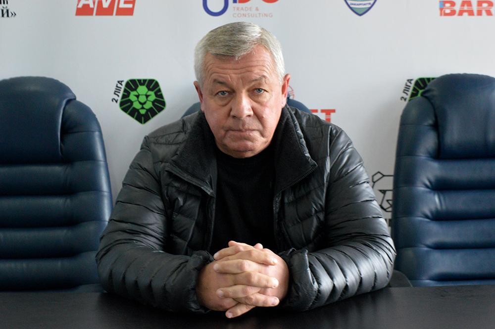Михайло Іваниця – відомий закарпатський футболіст і тренер. На професійному рівні виступав за команди Ужгорода, Львова та Сум.