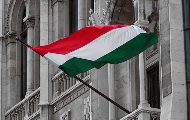 Кабмін схвалив проект угоди з Угорщиною. Підсумкову угоду від України підпише Дмитро Кулеба.
