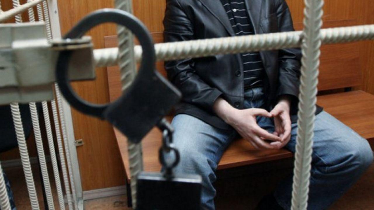 За доводами прокурора Ужгородської окружної прокуратури ужгородця, обвинуваченого у придбанні, зберіганні, перевезенні та збуті метамфетаміну, засуджено до позбавлення волі на 6 років 1 місяць.