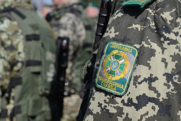 Прикордонник опинився на лаві підсудних за пособництво контрабанді  цигарок до Словаччини.