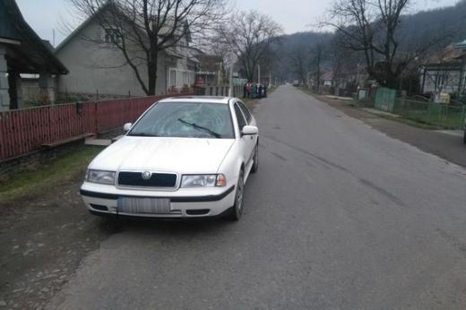 Закарпатська поліція розслідує обставини аварії, у якій постраждала 12-річна дитина