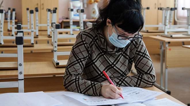 Вчителі, які хворіють на коронавірус, згодом можуть мати хронічні захворювання чи втрату витривалості до навантажень у роботі.