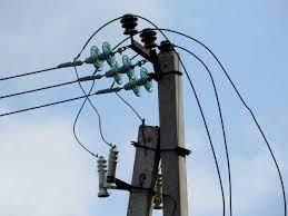 74-річний чоловік загинув на місці від ураження електричним струмом.