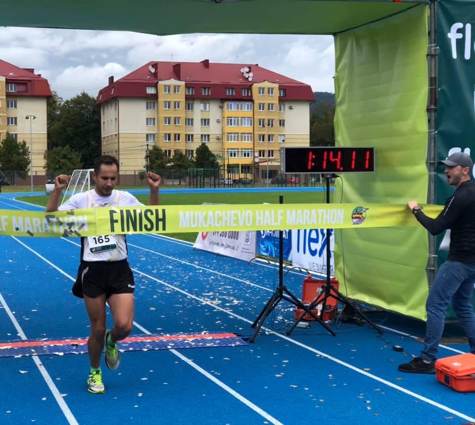 Відомі переможці Mukachevo Half Marathon на дистанції 21 км
