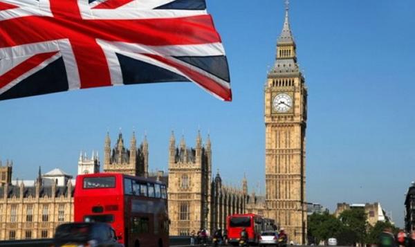 Відсьогодні Великобританія підвищила вартість в'їзних віз