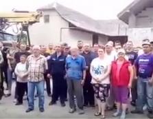 Мешканці двох сіл Свалявщини, що заблокували дорогу, звернулися до Президента Зеленського