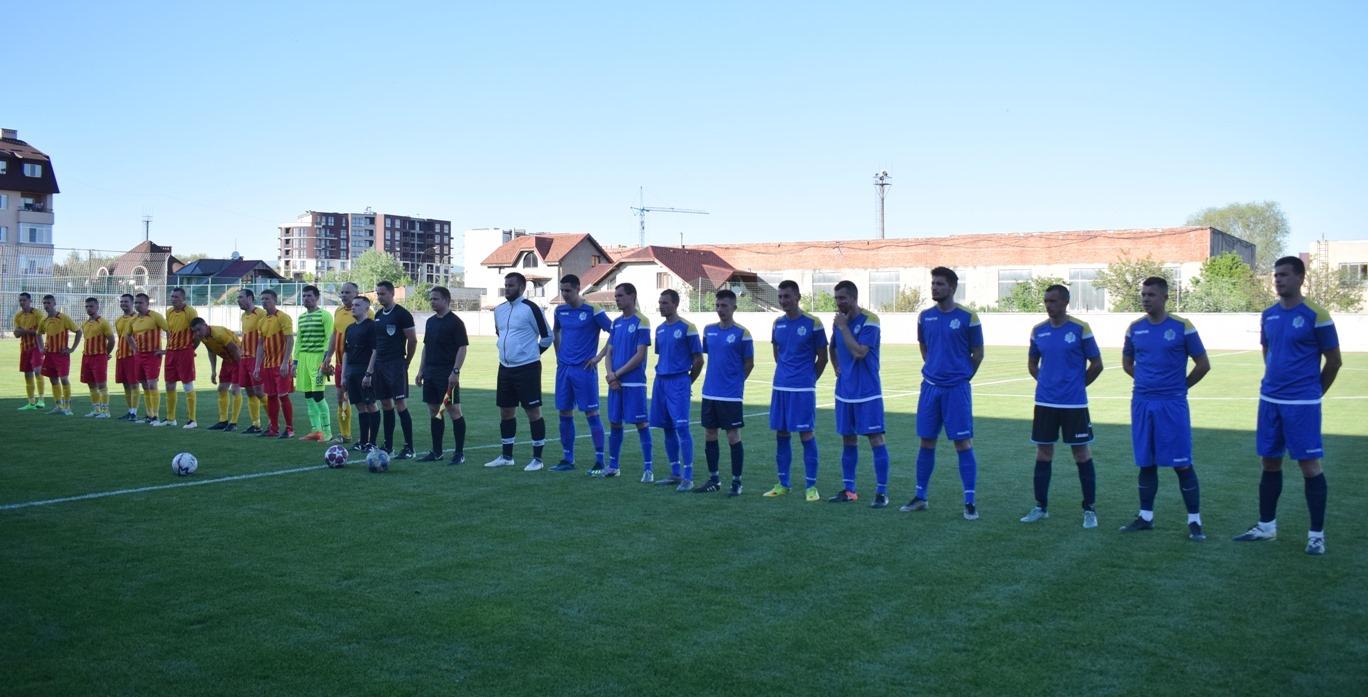 Матчем команд «Вопак» – «Невицький замок» розпочався сьогодні на стадіоні «Автомобіліст» чемпіонат Ужгорода з футболу сезону 2021 року.