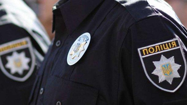 За фактом виявлення у мережі Інтернет відео інциденту за участі правоохоронців Тячівського відділу поліції, керівництвом ГУНП в Закарпатській області ініційовано проведення службового розстеження.