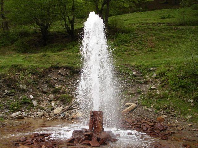 На Міжгірщині виявили унікальну природну пам'ятку - холодний мінеральний гейзер