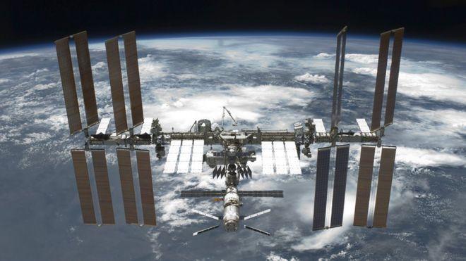 НАСА дозволить туристам відвідувати Міжнародну космічну станцію з 2020 року.