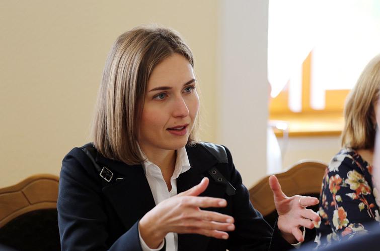 З 2023 року діти в державних школах з угорською мовою викладання будуть вивчати українську мову у збільшеному обсязі. Водночас їхнє право на навчання рідною мовою зберігається.