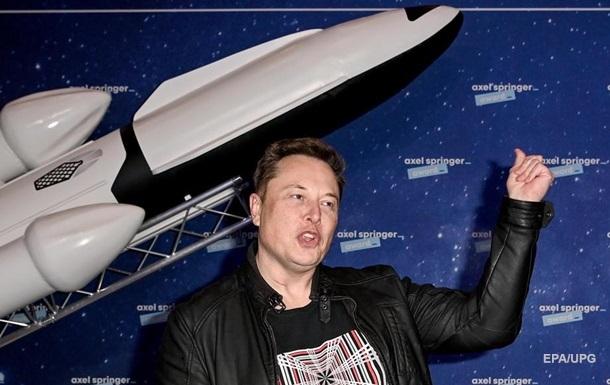 Ілон Маск збирається колонізувати Червону планету і готовий заради цього продати все. Спати він збирається в офісі. Зараз Маск є найбагатшою людиною в світі.