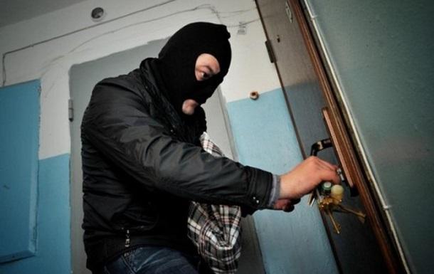 У Виноградові пограбували квартиру, а в Ужгороді - крамницю
