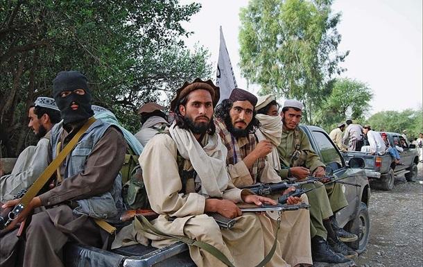 Місцеву жительку члени руху Талібан застрелили за те, що вона вийшла на вулицю з непокритою головою.