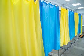 Штаб однієї з політичних сил повідомив Голосу Карпат про реальну відвідуваність дільниць на Виноградівщині.