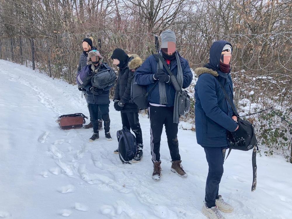 Нарушители были обнаружены возле села Хута Ужгородского района.