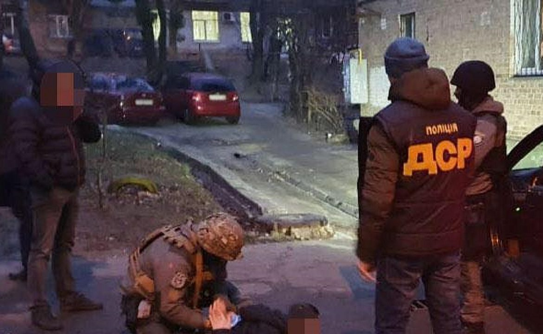 Під час документування злочинної діяльності угруповання правоохоронці встановили, що її організатором виявився депутат однієї із селищних рад.