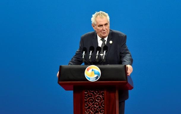 Чеський президент закликав дочекатися підсумків розслідування, перш ніж робити висновки щодо вибухів у Врбетіце.