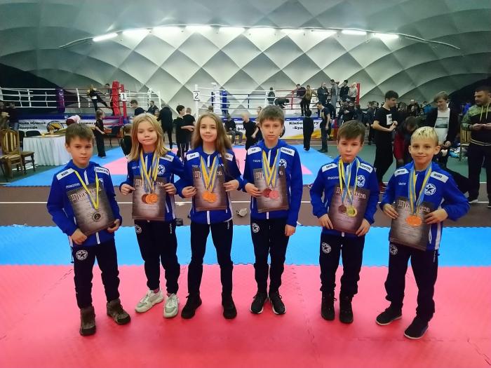 15-17 листопада в м. Рівне проходив відкритий Кубок України з кікбоксингу серед дітей, кадетів і юніорів за найсильнішою версією – федерації ВАКО.