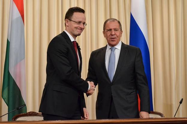 Угорщина узгодила із Росією всі умови для того, аби новий довгостроковий контракт на постачання газу в обхід України набув чинності вже з 1 жовтня.