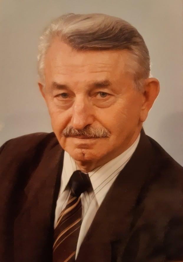 2 березня 2021 року на 88 році життя відійшов у вічність доцент Василь Михайлович Бенца.
