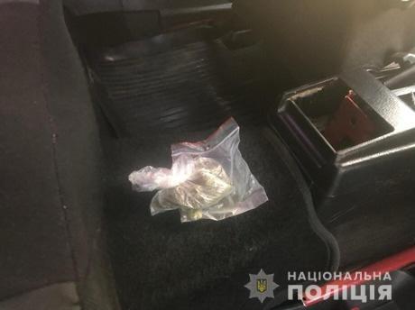 Наркотичні засоби поліцейські вилучили в мешканця села Тур'я Ремети, що на Перечинщині.