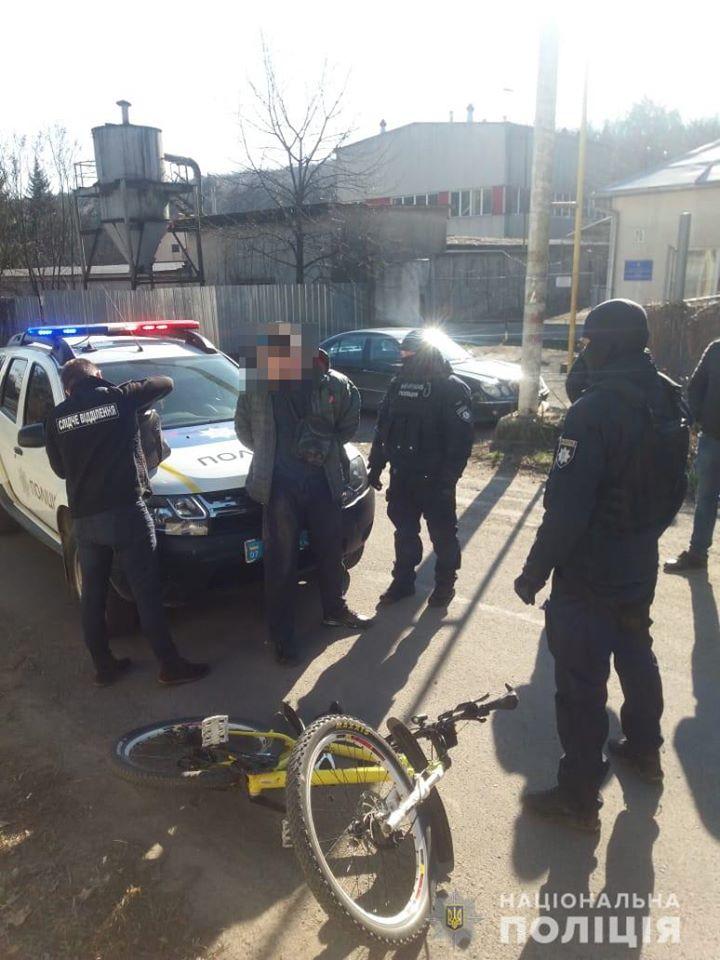 Подія трапилась по вулиці Бородіна в місті Ужгород.