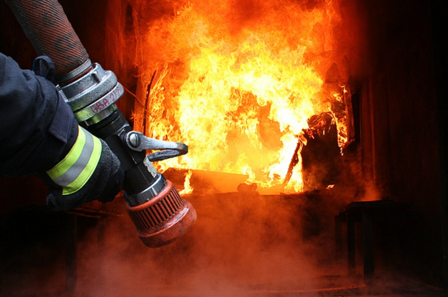 У Сваляві сталась пожежа на підприємстві