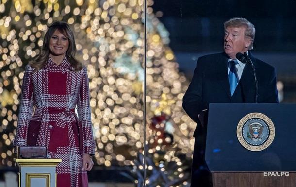 Американський лідер підготував поки що тільки листівку і сподівається, що час знайти презент ще є.