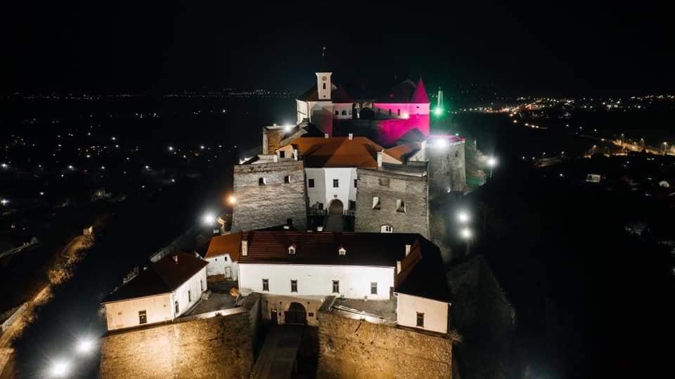 На заседании исполкома утверждена стоимость платных услуг Мукачевского исторического музея.