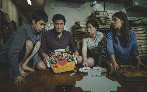 Картина Паразити південнокорейського режисера Пон Чжун Хо здобула схвалення більшості експертів.