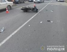 У Виноградові не поділили дорогу велосипедист та мотоцикліст